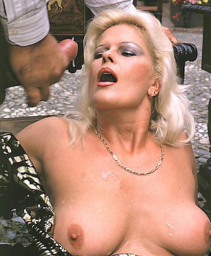 скачать порно фото карин